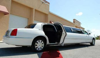 Lincoln stretch limousine fresno